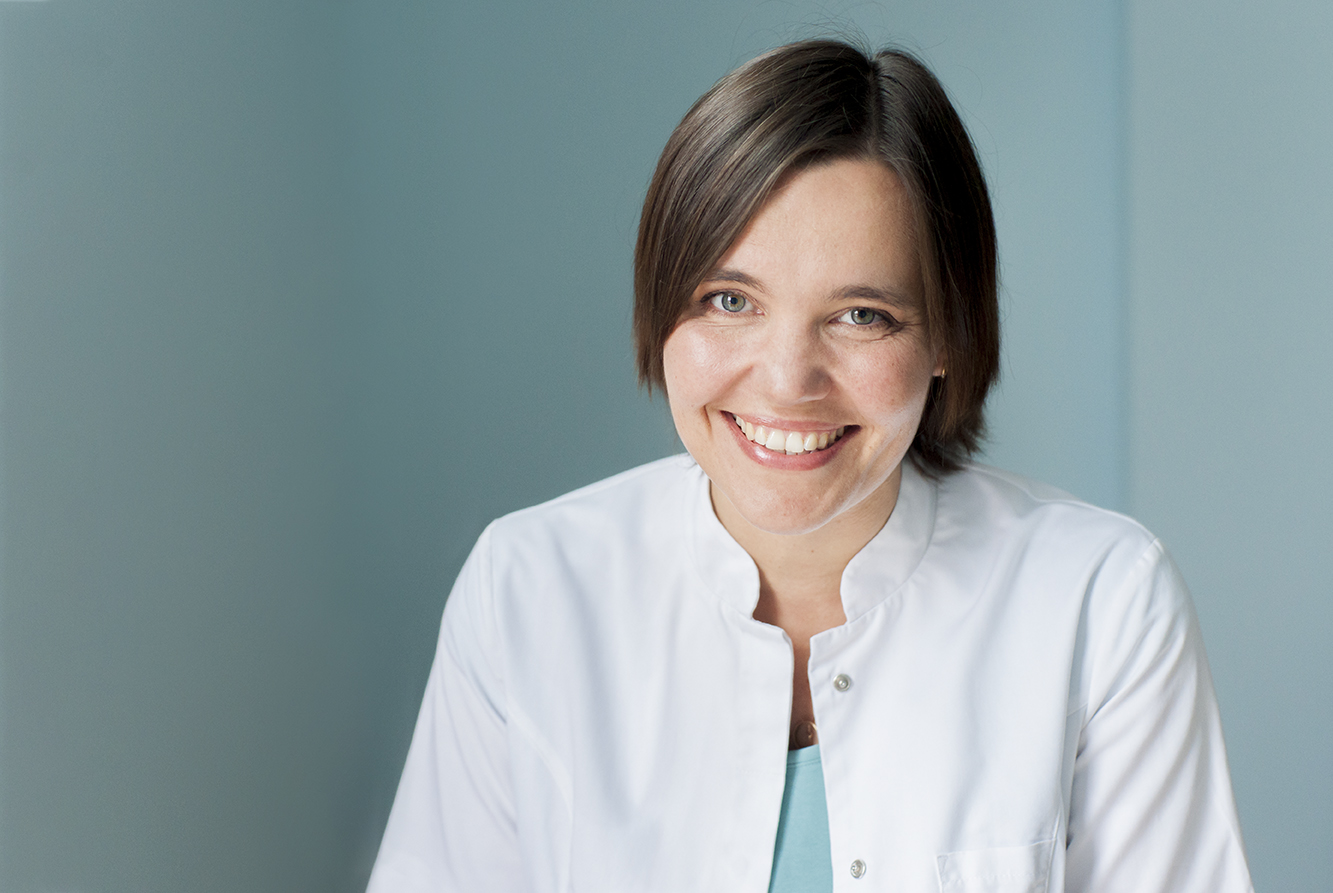 Dr Anna Basiukiewicz